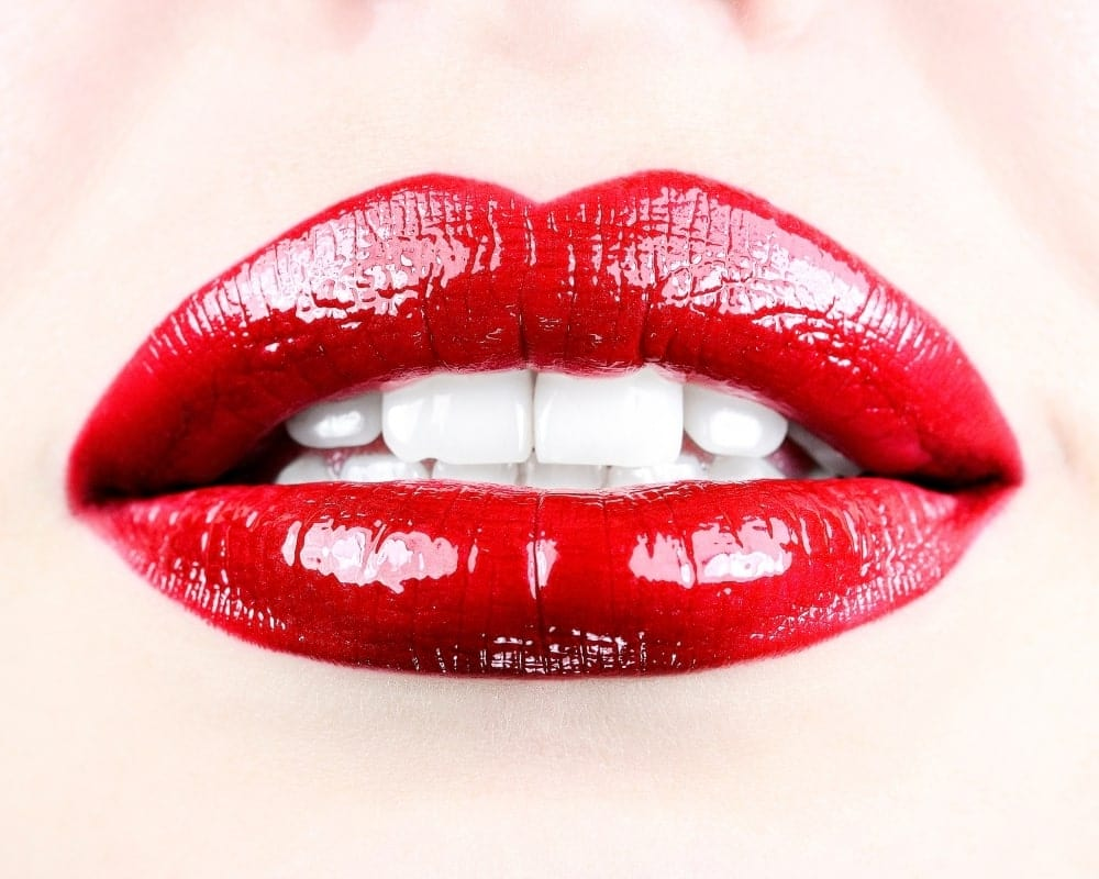 red-lipstick-mouth